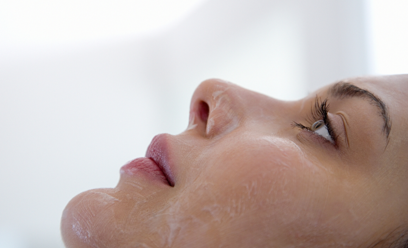 Do not fear a Chemical Peel – A Beginers Guide